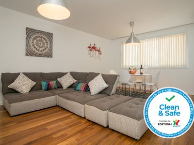 Photo for Stylish Two Bedroom Apartment Central Tavira.