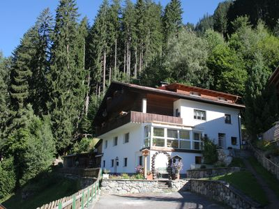 Photo for 8 persons accommodation, ideal for larger groups