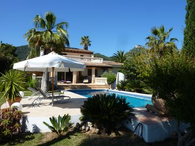 Photo for Fantastic holiday home with pool and large garden under the palm trees (8 + 1 persons)