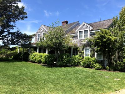 Perfect Nantucket Oasis for Your Vacation Just Minutes from the Beach!