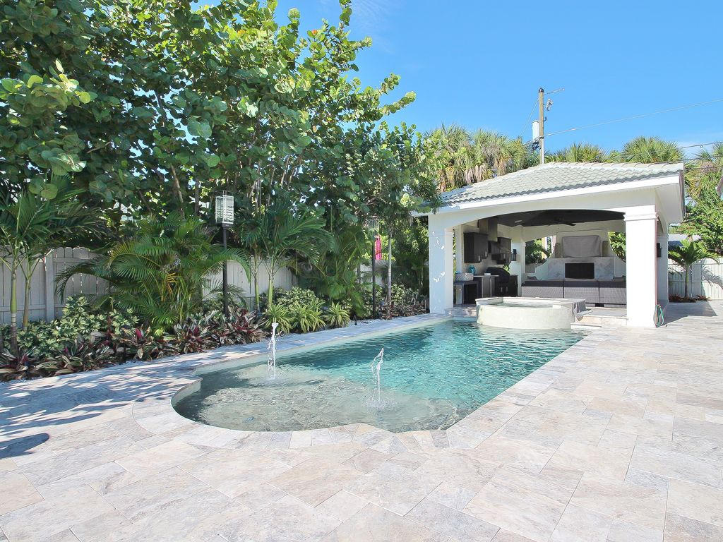 seaside villa should be featured in coastal living 50 steps to the