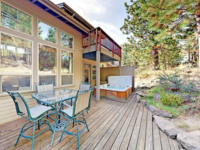 Photo for Widgi Creek All-Suite 3BR w/ Private Hot Tub - By Deschutes River Trail