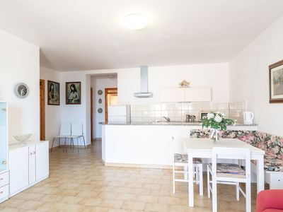 Photo for Holiday Home with Air Conditioning, Balcony & Garden; Parking Available