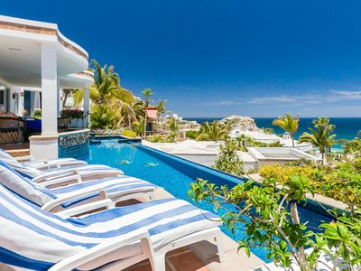 Photo for Comfort, Style & Great Ocean Views at this 4-bedroom Cabo Villa