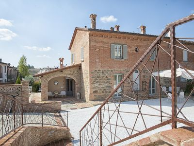 Photo for Villaventotto provides accommodation with free WiFi and a kitchen in Marcian