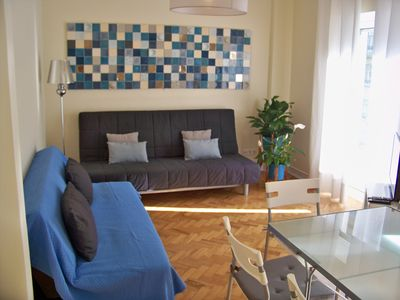 Photo for Almirante Dois apartment in University Zone with WiFi, balcony & lift.