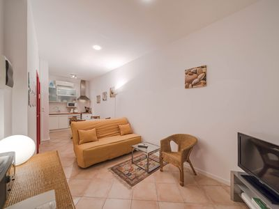 Photo for Pleasant 1 bedroom in the heart of Cannes