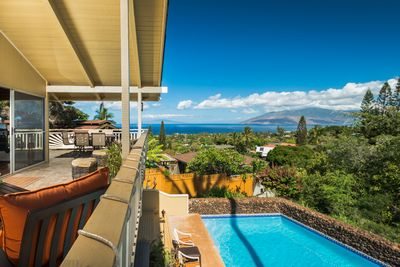 Amazing West Maui Ocean views from upper deck