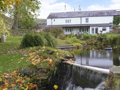 Photo for SAETR COTTAGE, pet friendly in Bolton-By-Bowland, Ref 972754