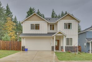 Photo for 4BR House Vacation Rental in Cascade Locks, Oregon