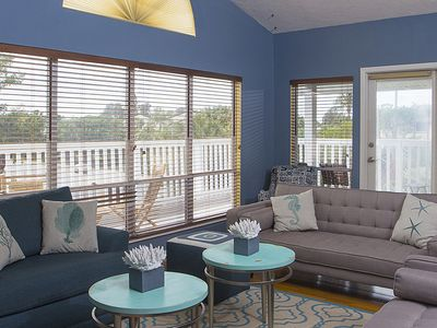 Photo for Beautiful 2 bedroom 2nd level across the Beach