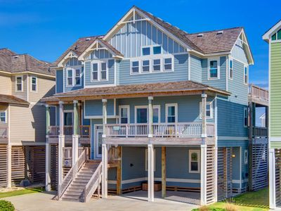 Photo for Signature Series 7 Bedroom with Deeded Beach Access