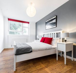 Photo for Bright & Spacious Modern 1 Bed in Angel Islington