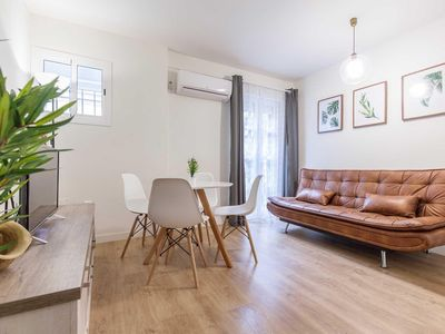 Photo for Castellar apartment in Casco Antiguo with WiFi, air conditioning & balcony.