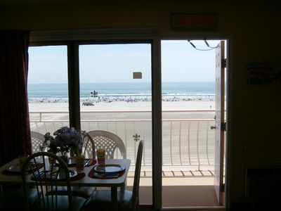 Photo for DIRECT OCEANFRONT CONDO - SLEEPS 4 - 8/17-20 DISCOUNTED