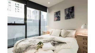 Photo for Stylish Melbourne CBD Lighthouse Apartment