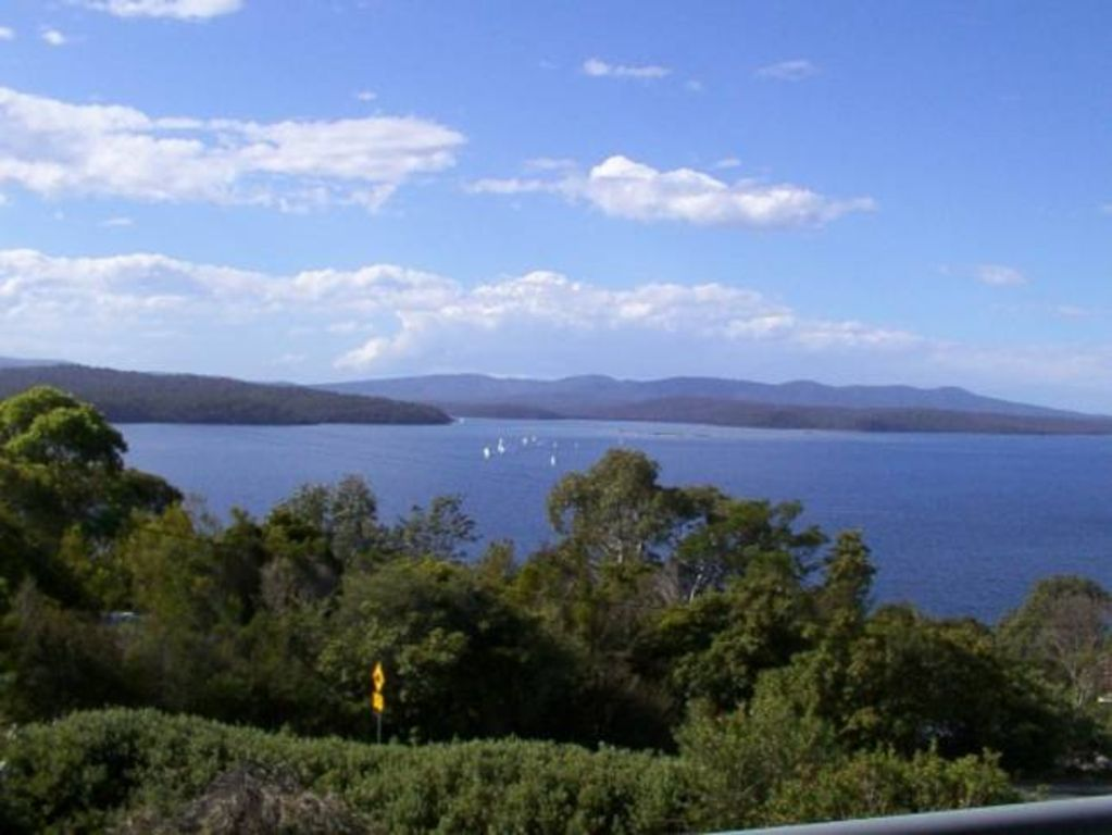 Blue Waters Cottages For Two Mallacoota Victoria