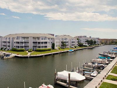 Photo for Canalfront Condo (125th St) - Wi-Fi, Pools, Tennis, Playground - Walk to Beach