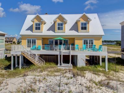 Photo for Luxury Beach Front Home, Amazing Views!!