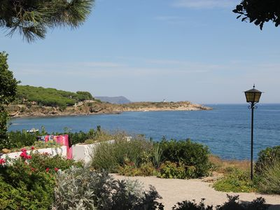 Photo for Beautiful quiet location in the first line by the sea only 2 minutes by foot