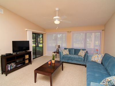 Photo for Vacation Villa just minutes drive from Siesta Key, year-round heated pool