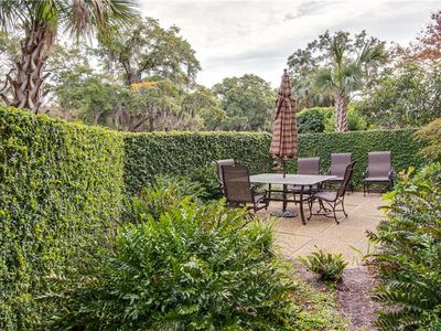 Photo for 869 Ketch Court | Updated Kitchen | Short Walk to Harbourtown | Pool Access | Sea Pines