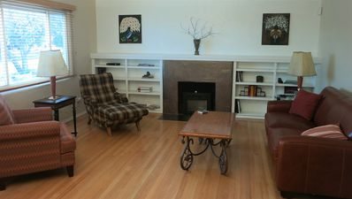 Photo for Perfect Rt. 66, UNM, CNM, Kirtland AFB  Location, 3 Bed, Vacation Rental