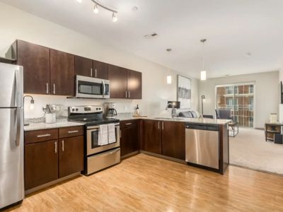 Photo for LUXURY ONE BEDROOM AT 190 SOUTH HIGH - FREE PARK.