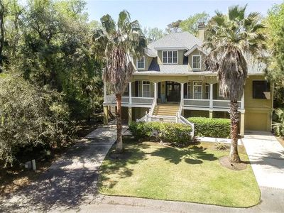 Photo for 10 Dove St. | Private Pool| Short Walk to Beach | Screened Porch | Updated Kitchen | Near Coligny
