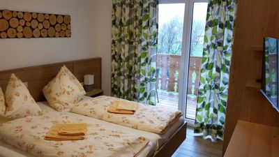 Photo for Double Room - Seepension & Appartmenthaus Campingplatz Nussbaumer ***