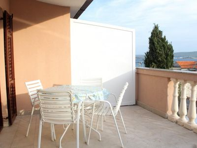 Photo for One bedroom apartment with terrace and sea view Pašman