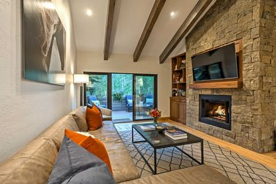 The mountains meet luxury in this 3-bed, 3.5-bath Vail condo!