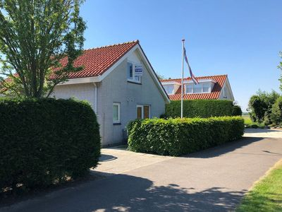 Photo for Detached luxury holiday home near the sea, with free view over the countryside
