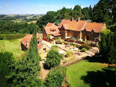 Photo for Aslan, C.S Lewis inspired accommodation in the Oxfordshire Cotswolds. Sleeps 6