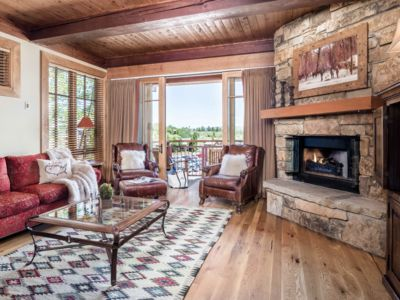 Outpost: Crystal Springs Luxury at the Base of Teton Village - Air Conditioned