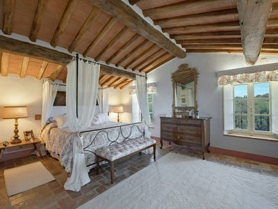 Photo for 6BR Villa Vacation Rental in Lucca