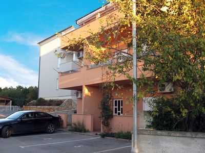 Photo for Holiday apartment with coffee machine and sea view 70 m from the Adriatic Sea