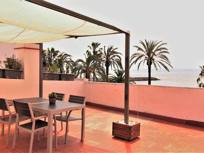 Photo for Apartment with large terrace, facing the sea.