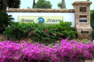 Photo for Aransas Princess.WINTER TEXANS RATES* Ocean & Pool View*Gated Boardwalk*Sleeps 6