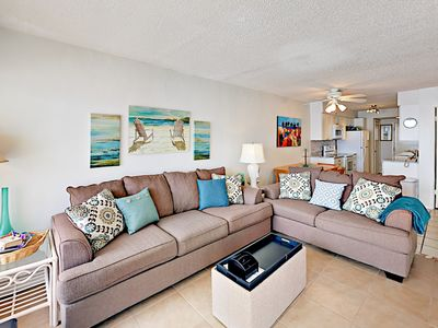 Stunning Gulf-View Condo w/ Balcony - Steps to Beach & Pool