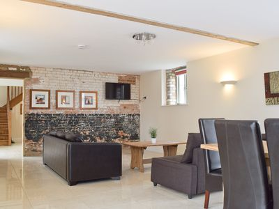 Photo for 4 bedroom accommodation in Heathencote, near Towcester