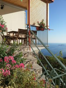 Photo for Superb house with private parking and views of Positano