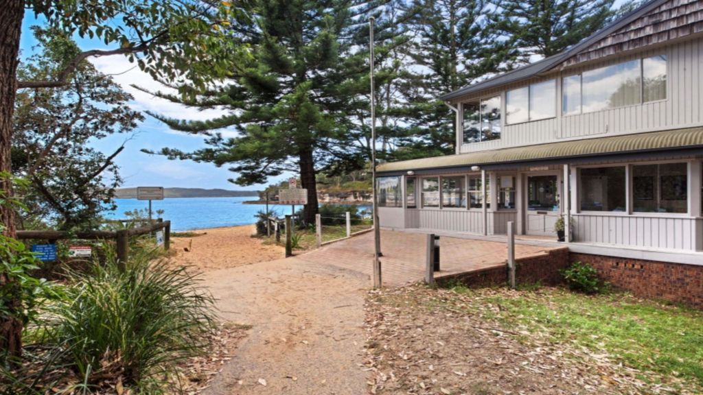 PEARL BEACH BUSH RETREAT