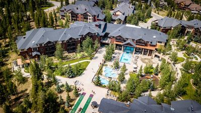 Photo for Grand Timber Lodge- SUMMER FUN - 2 Pools - Movie Theater