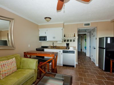 Newly Renovated, Beautifully furnished Oceanside great view