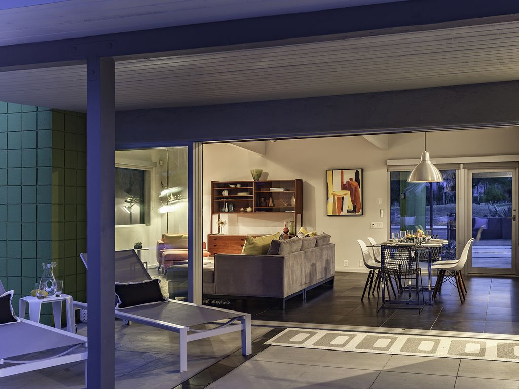 . Beverly Modern  3 BR  2 BA House in Palm      HomeAway Palm Springs