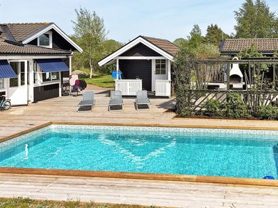Photo for Wonderful private villa with pool, WIFI, TV and washing machine