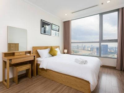Photo for YUSTAY | Sky View Service Apartment at Vinhomes