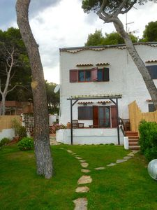Photo for Seafront house with private access to the sea. Completely renovated in 2016