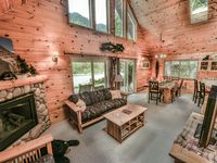 Beautiful location, perfectly maintained cabin